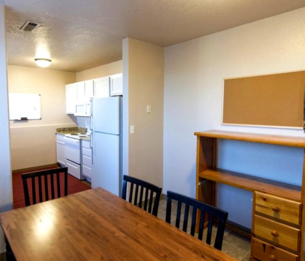 Student Apartment: Almond Tree Apartments